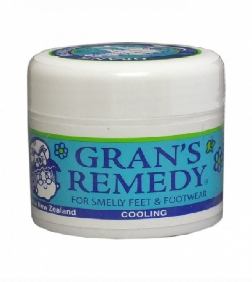 Gran's remedy 神奇除臭粉 去脚气脚臭 鞋子除臭剂 三种味道 50g                                                              Gran's Remedy For Smelly Feet & Footwear 50g