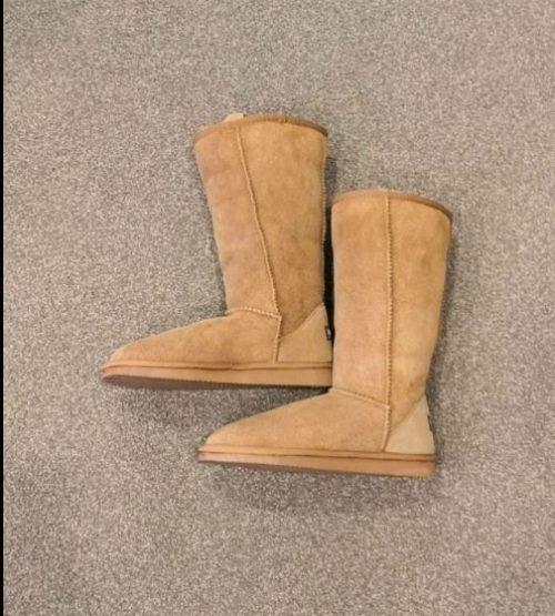 (清仓特价包邮包税)UGG New Zealand 中筒经典雪地靴 栗色 37码